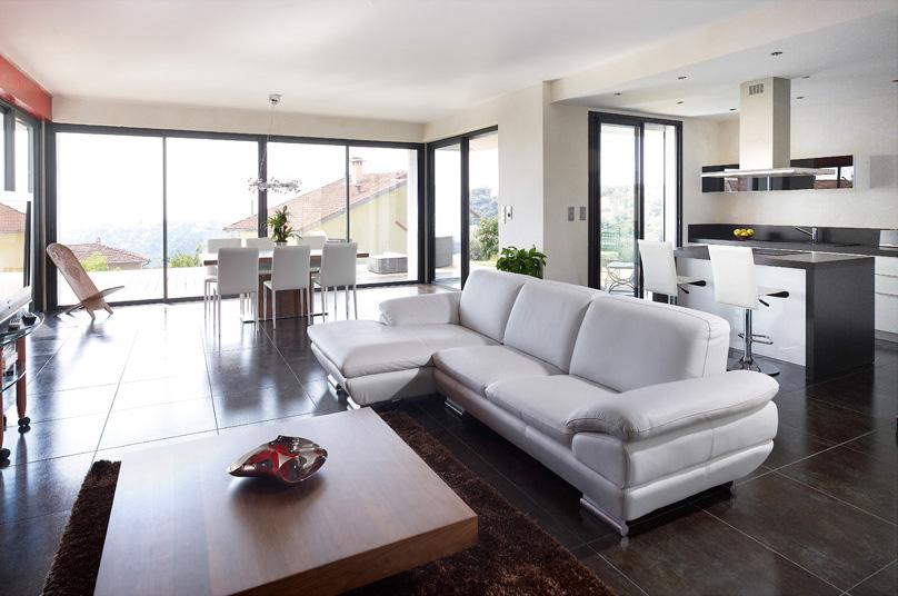 eddie osmont menuiseries pvc alu et bois dans le gard. Black Bedroom Furniture Sets. Home Design Ideas